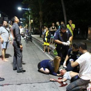 Filipino man in hospital after bike smash swerving to avoid coconut on Beach Road, Pattaya