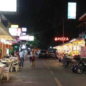Pattaya mayor says enough is enough - restaurants ordered out of the road