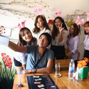'Bunny girls' coffee shop in Chiang Mai becomes talk of the town