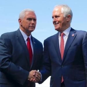 Pence says United States will honour refugee deal with Australia