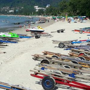 Jet-ski trailers allowed back on Patong Beach