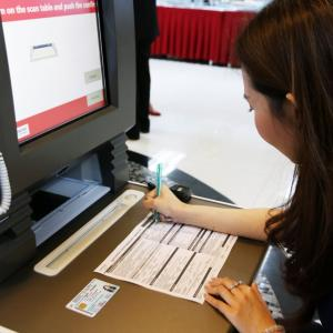 Thailand Post branches out into banking