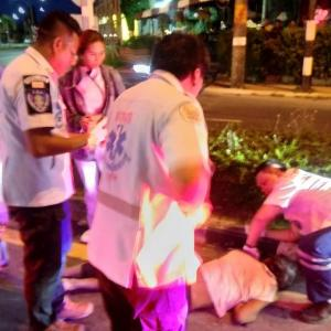 Pedestrian seriously injured after being hit by car in Kathu – VIDEO