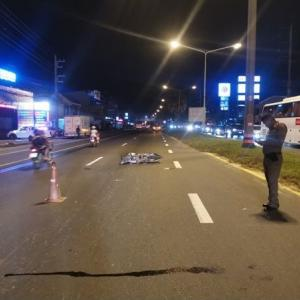 Motorbike driver dies after colliding with taxi in Thalang, Phuket