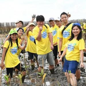 Panasonic takes part in mangrove plantation, conserving the earth and restoring the balance of nature