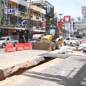 Unannounced PEA roadwork exacerbates bad Music Festival weekend traffic