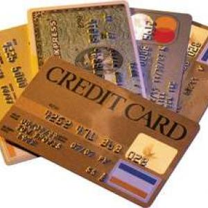 Consumers avoid using credit cards due to slowing economy