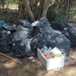 Phuket residents demand clean-up of beach rubbish