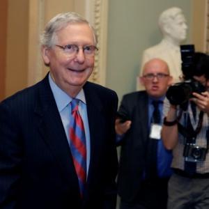 U.S. Republican senators threaten to bolt from Obamacare repeal effort