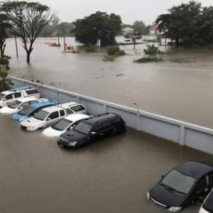 Sakhon Nakhon city hit by tropical depression Sonca