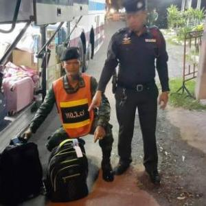 Bus trip aborted for alleged drug mule in Lampang