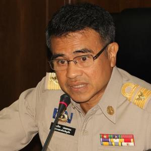 'Report all corruption,' says Phuket Governor