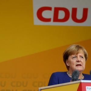 Fearing far-right surge, Merkel urges Germans to vote on Sunday