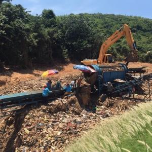 Koh Larn studies navy's trash-processing method